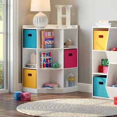 Playroom Ideas - Obtain inspired to redecorate your kid's playroom with among these 30 stylish ideas that use shade, storage, and also extra. Toddler Room Organization, Toy Organization, Toy Storage Bench, Kids Storage, Hidden Storage, Storage Bins, Living Room Toy Storage, Baby Toy Storage, Corner Storage