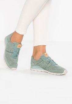 Schoenen UGG TYE - Sneakers laag - aloe vera Groen: € 139,95 Bij Zalando (op 5-7-17). Gratis bezorging & retour, snelle levering en veilig betalen!