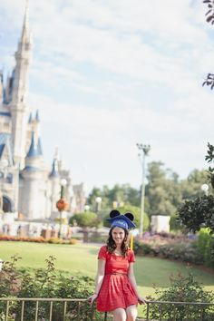 Graduation photos at Disney... Wish I would have done that!!! Maybe college graduation.. ;)