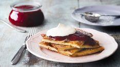 Pannukakku – nappaa talteen maailman paras isoäidin ohje - Kotiliesi.fi Waffles, French Toast, Breakfast, Kite, Morning Coffee, Waffle