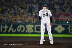 メッセンジャー Hanshin Tigers, Baseball Players, Iphone, Sports, Hs Sports, Sport