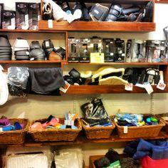 Myymälämme sijaitsee Söderkullassa, vain 20 minuuttia Helsingin keskustasta. Kaupalle päääee sujuvasti Porvoon moottoritietä pitkin, eikä motarilta tarvitse paljon poiketa kun on jo kaupalla. Shopping, Products, Gadget