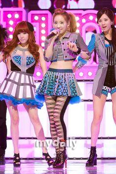 [MD화보] 우리가 바로 소녀시대 유닛 '태티서' / 마이데일리 / May 3, 2012 / #Taeyeon #Tiffany #Seohyun #TaeTiSeo #TTS #SNSD