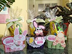 I made these Easter Berry Baskets for my son and his family! They will be going off in the mail today. The Berry Basket Bigz L die is p. Homemade Easter Baskets, Hoppy Easter, Easter Card, Valentine Banner, Berry Baskets, Easter Treats, Spring Crafts, Stampin Up Cards, Making Ideas