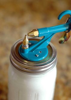 using paint sprayer spray painting mason jars the critter paint gun. Black Bedroom Furniture Sets. Home Design Ideas