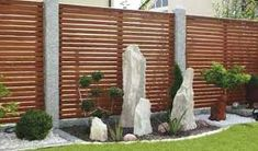 Výsledek obrázku pro bily dreveny plot
