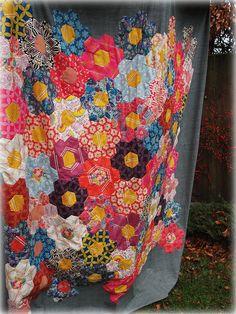 beautiful hexie quilt by imagingermonkey #quilt #hexies #hexagon