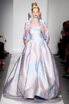 Dennis Basso Spring 2014 Ready-to-Wear Collection Photos - Vogue