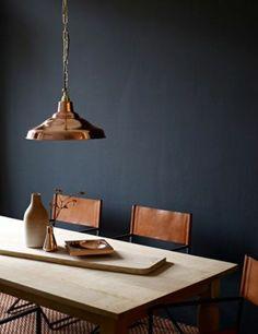 murs de couleurs gris foncé pour la cuisine grise