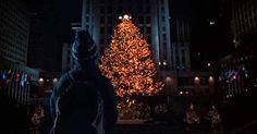Kevin devant le sapin de Rockefeller Center