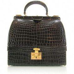 Hermes Vintage Crocodile Sac Mallette Handbag (bottom doubles as a jewelry case) New Handbags, Hermes Handbags, Purses And Handbags, Designer Handbags, Vintage Purses, Vintage Bags, Vintage Handbags, Hermes Vintage, Totes