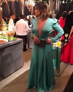 V Neck Prom Dresses, Event Dresses, Modest Dresses, Homecoming Dresses, Nice Dresses, Formal Dresses, Vestidos Tiffany, Long Sleeve Mermaid Dress, Plus Size Fashion