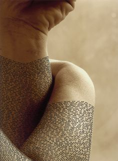 Calligraphy on the Human Body3