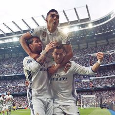 """Real Madrid C.F. ⚽️ VAMOOOSSSS! Real Madrid 3-0 Atlético  #RMUCL #HalaMadrid"""""""