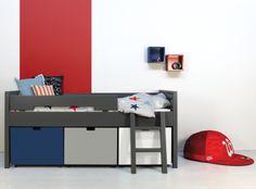 Nieuw is het compactbed Timo deep greymet de mogelijkheid van extra grote opbergbakken op wieltjes onder het bed. Deze bakken zijn ook weer in diverse kleuren verkrijgbaar en u kunt dus naar eige...