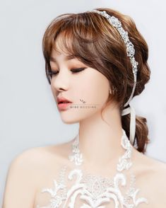 Trendy wedding, natural wedding makeup, bridal makeup, wedding looks, weddi Korean Wedding Makeup, Wedding Makeup For Brown Eyes, Natural Wedding Makeup, Bridal Hair And Makeup, Bride Makeup, Hair Makeup, Bride Hairstyles, Cool Hairstyles, Korean Bride