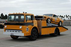 FORD C-SERIES CAB-OVER HAULER & PARNELLI JONES (PJ) 1970 FORD MUSTANG TRANS AM BOSS 302
