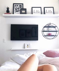 Quite luxurious Teen Girl Bedrooms for rad display, reference 5377807114 Small Room Bedroom, My Room, Bedroom Decor, Bedroom Tv Wall, Bedroom Ideas, Room Interior, Interior Design Living Room, Teen Girl Bedrooms, Dream Rooms