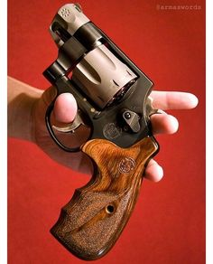 Exactly what you think it is. Smith Wesson, Smith And Wesson Revolvers, Weapons Guns, Guns And Ammo, Smith And Western, Bushcraft Kit, Lever Action Rifles, Home Protection, Firearms
