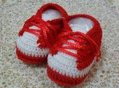 Crochê p/ bebês Tenis