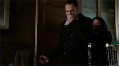 Sherlock and Joan find smelly surprise - Elementary: Dead Man's Switch