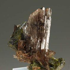Axinite-(Mn), Epidote, Canta, Canta Province, Lima, Peru. Size 4 x 3.6 x 2.4 cm