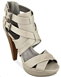 Buy yourself some G by GUESS Women's Dixie Platform Sandals with the giftcard you could win from Macys! Enter here:http://madamedeals.com/savings-com-macys-gift-cards-sweepstakes-springintomacys/