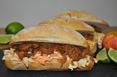 Succulent pulled pork buns are seriously rewarding! Every juicy mouthful packs a punch with a wonderful blend of flavours and textures – smoky, sweet, t. Meal Recipes, Slow Cooker Recipes, Pork Buns, Main Meals, Pulled Pork, Frugal, Punch, Favorite Recipes, Magic