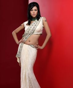 A Designer Collection of Wedding Sarees only @ rakhitarak.....  Take a look : http://www.rakhitarak.com/