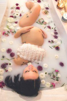 Milk bath maternity session