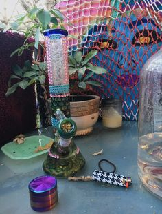 Glass Pipes And Bongs, Glass Bongs, Bad Girl Aesthetic, Aesthetic Grunge, Crystal Room, Cool Bongs, Smoke Pictures, Puff And Pass, Stoner Girl