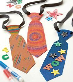 Preschool Crafts for Kids*: Father's Day Necktie Paper Craft Diy Gifts For Dad, Diy Father's Day Gifts, Father's Day Diy, Gifts For Father, Fathers Day Art, Fathers Day Crafts, Toddler Crafts, Preschool Crafts, Papa Tag