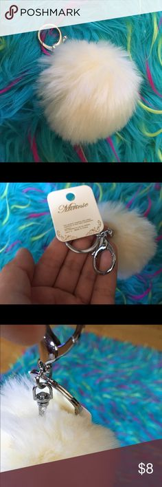💲BUNDLES 20% OFF💲•White Fuzzy Pom Pom Key Chain• Nwt ✨ Lobster Clasp & Key Ring• brand- Minnie The Trendy Kitten Accessories Accessories