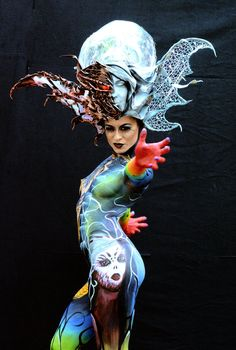 Body painting festival in Austria – in pictures #bodypainting