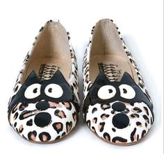 """Ballet flat by F-Troupe. """"The leopard print body is embellished with a comical cat face."""" -- That was what made me notice.I was laughing at that horrified face! Cat Shoes, Leopard Flats, Fabric Shoes, Shoe Clips, Cool Style, My Style, Cat Face, Ballet Flats, Coin Purse"""