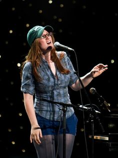 Alumna Ingrid Michaelson Performs at Binghamton University