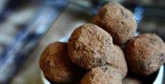 Raw Vegan Chocolate Fudge Truffles