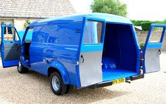 1981 Ford Transit MK2 LWB 2.0 L Rear Doors Open