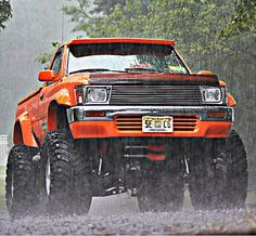 Northwest Toyota play toy old school lifted truck from 90's style Toyota Hilux, Toyota 4x4, Toyota Trucks, Toyota Tacoma, Toyota Lift, Cool Trucks, Chevy Trucks, Pickup Trucks, Buy Truck