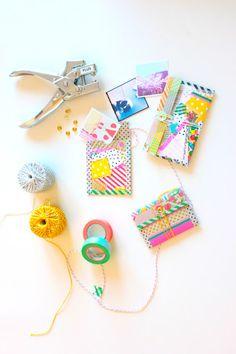 super cute mini folder with washi tape! Mini Albums, Washi Tape Crafts, Washi Tapes, Diy And Crafts, Paper Crafts, Art Crafts, Scrapbooking, Decorative Tape, Pretty Packaging