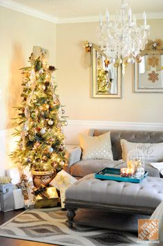 decorating dining rooms for christmas | Dining Room Decorating Ideas for Christmas: Potted Christmas Tree and ...