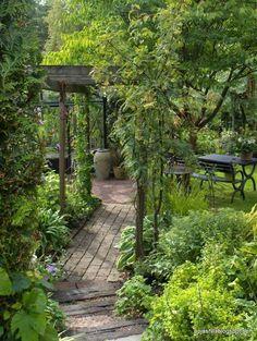 40 Simple & Beautiful Backyard Landscaping Ideas On a Budget 40 Sim. - 40 Simple & Beautiful Backyard Landscaping Ideas On a Budget 40 Simple & Beautiful Bac - Garden Arbor, Diy Garden, Garden Cottage, Shade Garden, Dream Garden, Garden Paths, Backyard Shade, Balcony Garden, Garden Pallet