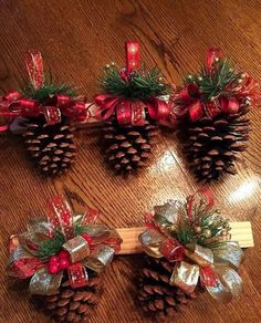 Easy DIY Christmas Ornaments That Look Store Bought - Twins .- Easy DIY Christmas Ornaments That Look Store Bought – Twins Dish Easy DIY Christmas Ornaments That Look Store Bought – Twins Dish - Christmas Decor Diy Cheap, Christmas Ornament Crafts, Rustic Christmas, Christmas Projects, Simple Christmas, Holiday Crafts, Christmas Diy, Christmas Wreaths, Reindeer Christmas