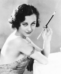 Beautiful B Portrait Pictures of Ann Dvorak Ann Dvorak (August 1911 – December was an American film actress. Honolulu Hawaii, Hollywood Stars, Hollywood Glamour, Vintage Hollywood, Classic Hollywood, Pre Code, Star Wars, Portrait Pictures, Black And White Portraits