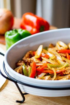No pre-cooking and minimal prep make this easy Oven-Baked Chicken Fajitas freezer meal a breeze to keep on hand for fast, delicious dinners! Easy Chicken Fajita Recipe, Easy Oven Baked Chicken, Baked Chicken Fajitas, Chicken Recipes, Chicken Freezer Meals, Healthy Freezer Meals, Make Ahead Meals, Fajita Mix, Entree Recipes