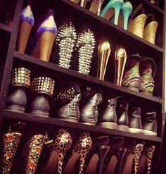 Shoes .. Shoes ... SHOES !!!!