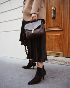 Blazers, satin skirts and heels are all I feel like wearing in Paris. Satin Skirt, Hermes Birkin, Chloe, My Style, Heels, Skirts, Blazers, How To Wear, Bags
