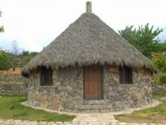 hut Backyard Gazebo, Round House, Quito, Interior And Exterior, Villa, Cottage, Outdoor Structures, Interiors, Luxury