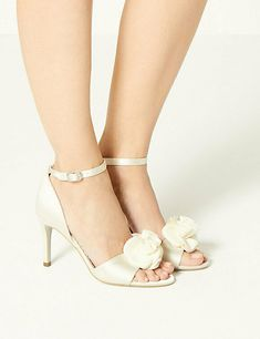 New M&S Women's / Girls Cream / Ivory Open Toe wedding Sandal's / Shoes size 5 #MarksandSpencer #LaceUp