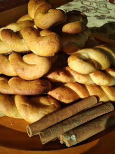 Greek Recipes, Pretzel Bites, Bread, Foods, Cookies, Sweet, Food Food, Food Items, Biscuits